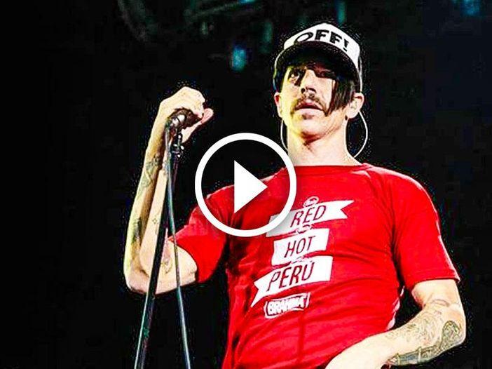 Red Hot Chili Peppers, Eric Clapton, Led Zeppelin e altro: il meglio di questa settimana in video