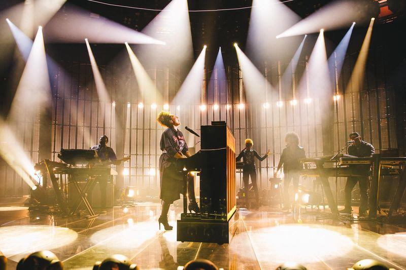 Alicia Keys canta i BTS: video