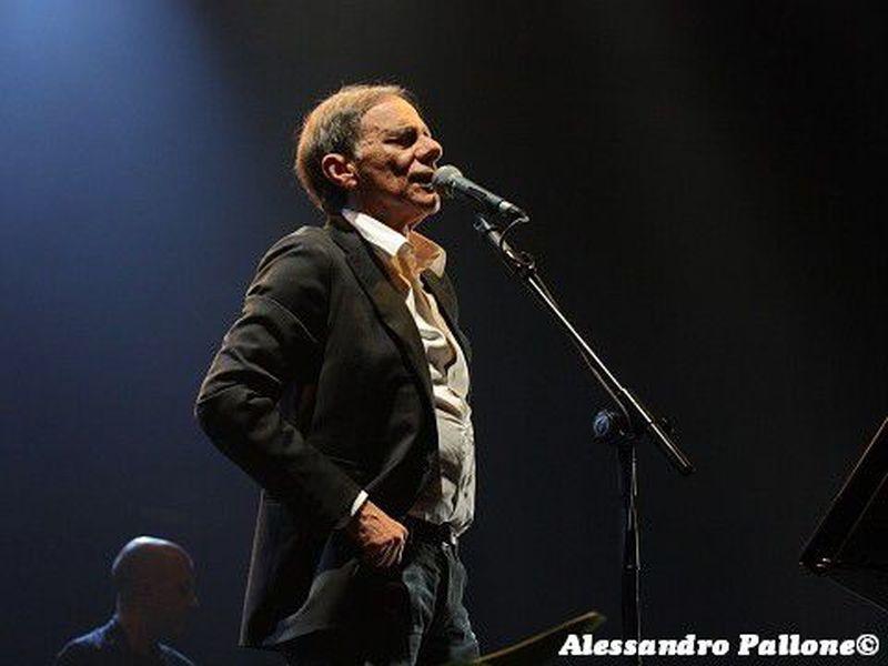 8 giugno 2012 - PalaBrescia - Brescia - Roberto Vecchioni in concerto
