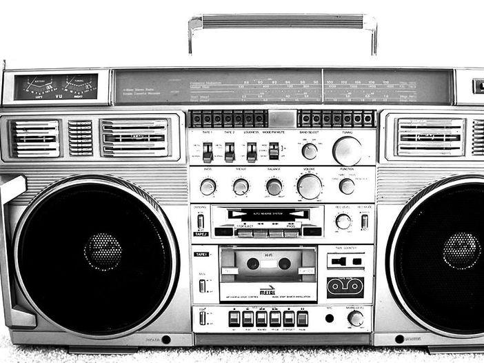 Non sono solo canzonette: ecco perché la musica 'leggera' può essere davvero pericolosa