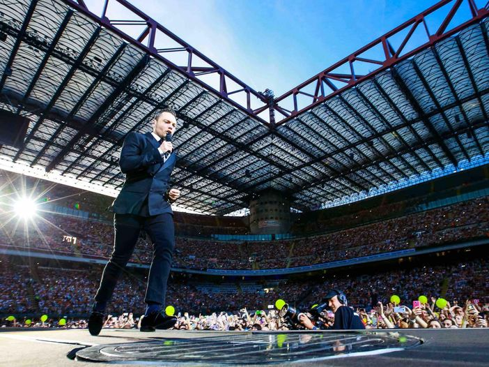 Tiziano Ferro, terza data a San Siro e seconda all'Olimpico