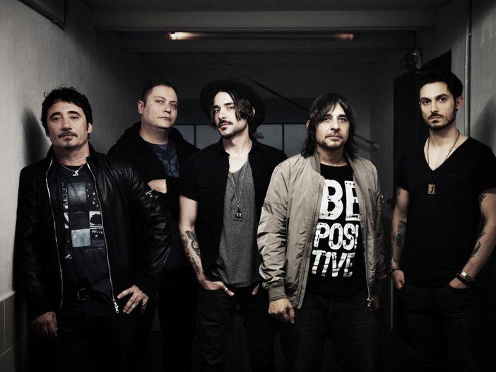 Tiromancino, anche Calcutta e Thegiornalisti tra gli ospiti del nuovo album. Guarda il video del singolo 'Noi casomai'