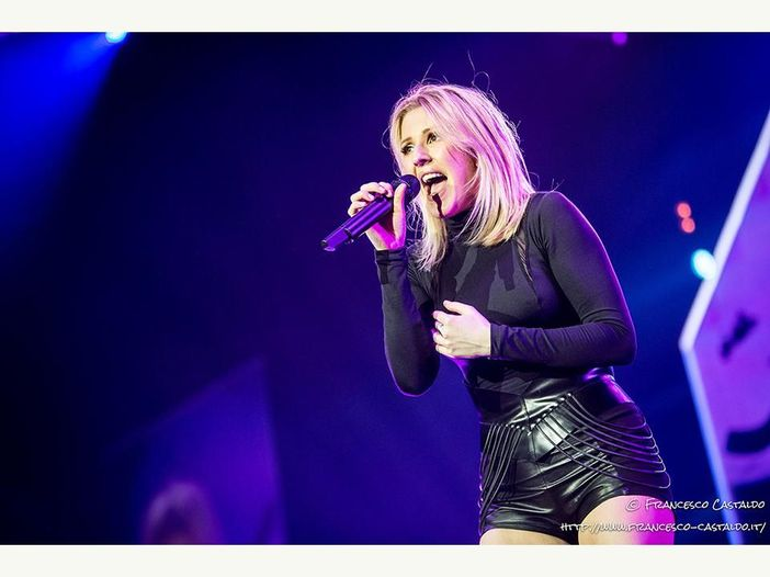"Ellie Goulding: è online il video di ""Still Falling For You"" - GUARDA"