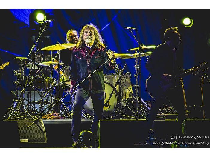 Led Zeppelin, Robert Plant torna a parlare di 'Stairway to Heaven': 'Non scriverei più un testo così'