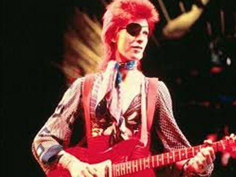 Addio a Guy Peellaert, sua la cover di 'Diamond dogs' di Bowie