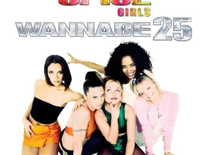 Emma Bunton: c'è di nuovo odore di Spice Girls. Tour nel 2002?
