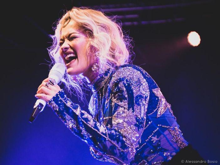 Rita Ora, spunta in Rete l'inedito 'Grateful' - ASCOLTA
