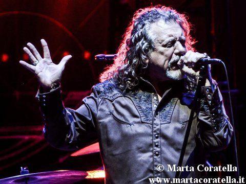 Robert Plant, il tour americano benefico 'Lampedusa' con Emmylou Harrys, Steve Earle e gli altri: cosa c'è da sapere