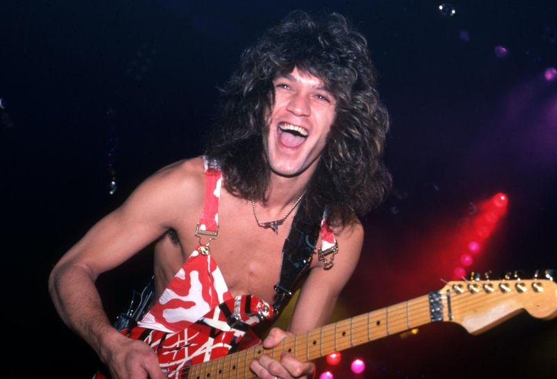 Guarda il murale in omaggio a Eddie Van Halen