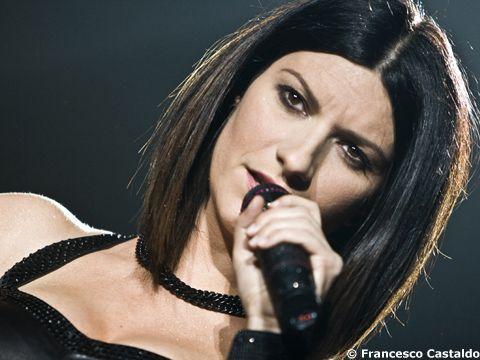 Laura Pausini: a novembre il greatest hits e a dicembre un tour mondiale