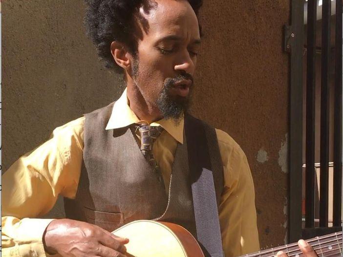 """Fantastic Negrito e la sua Black """"roots music for everyone"""": il video #NoFilter"""