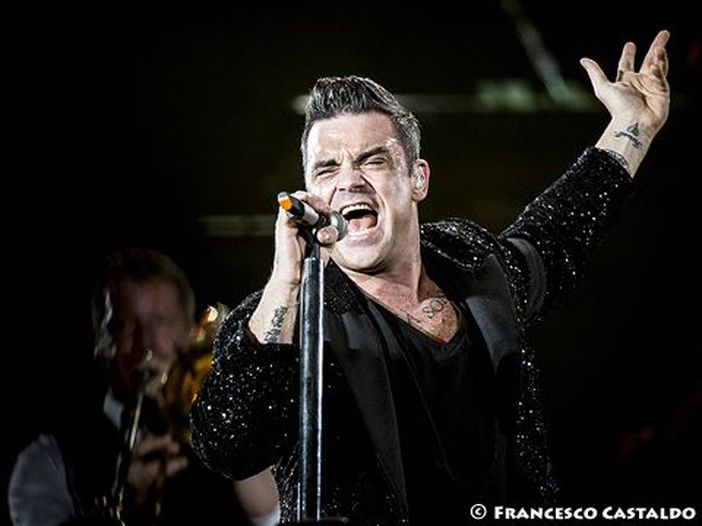 Robbie Williams vince la causa contro Jimmy Page