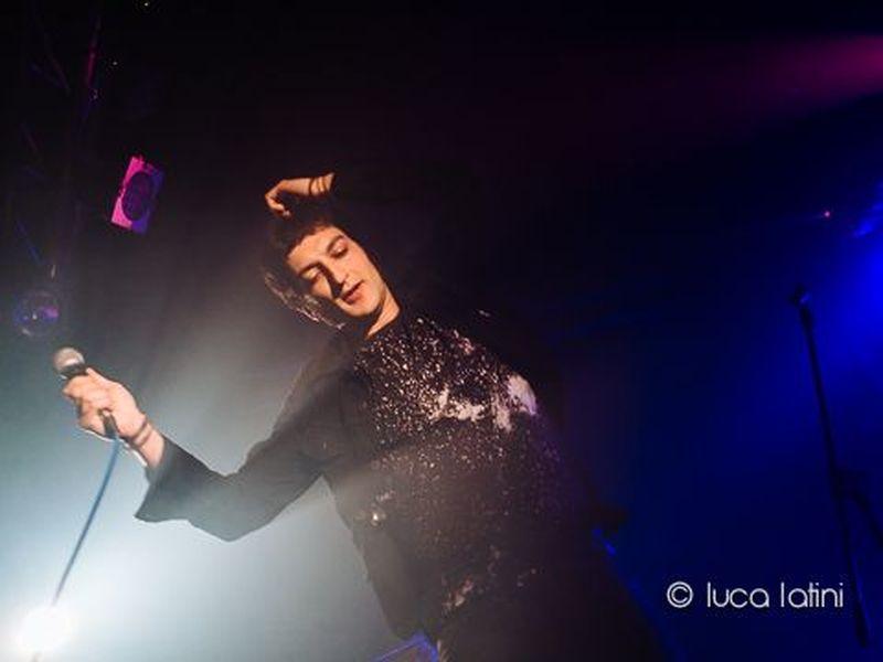 9 maggio 2014 - New Age Club - Roncade (Tv) - Le Luci della Centrale Elettrica in concerto
