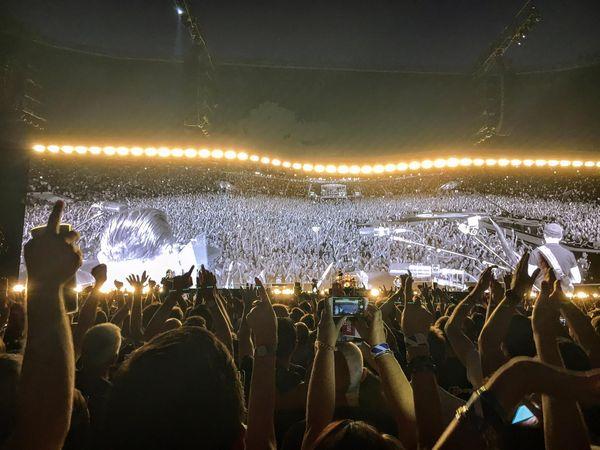 Gli U2 all'Olimpico nello spogliatoio della Roma