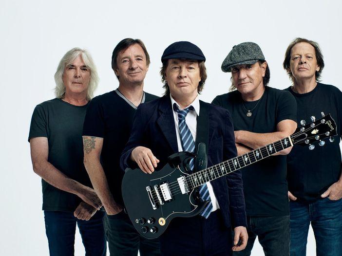 AC/DC, esce il cofanetto commemorativo per Bon Scott