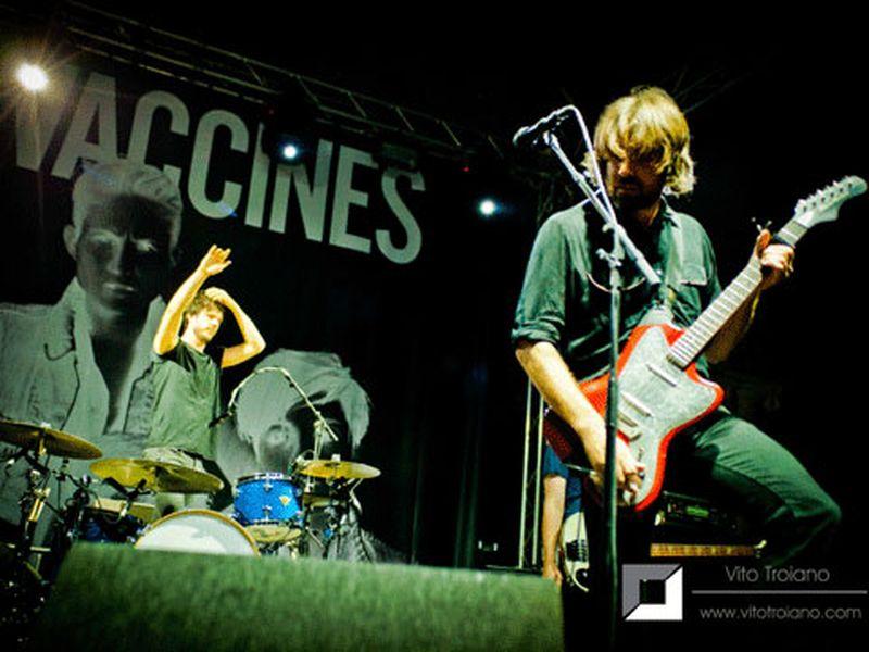 9 luglio 2013 - Cortile del Castello Estense - Ferrara - Vaccines in concerto
