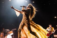 Florence and the Machine, un concerto benefico in streaming per il Met
