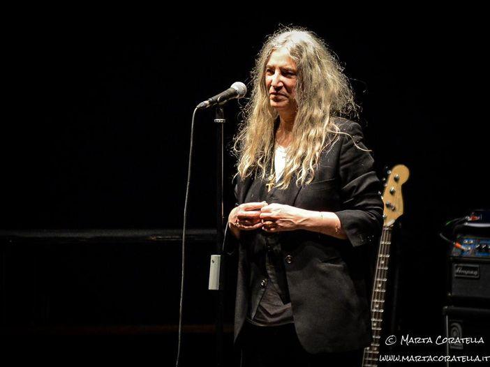 Concerti, Patti Smith: quattro live in Italia, tra i quali il concerto di Natale in Vaticano
