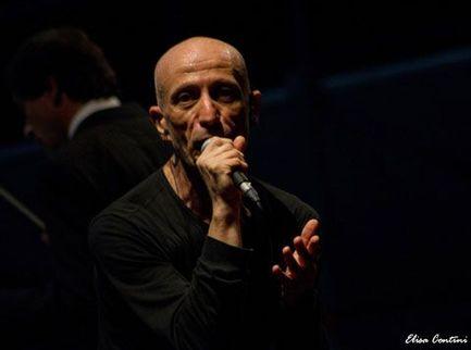 La Piccola Orchestra Avion Travel vince il 50° Festival di Sanremo per la sezione Big