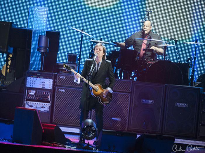 Paul McCartney, una ghirlanda per Linda