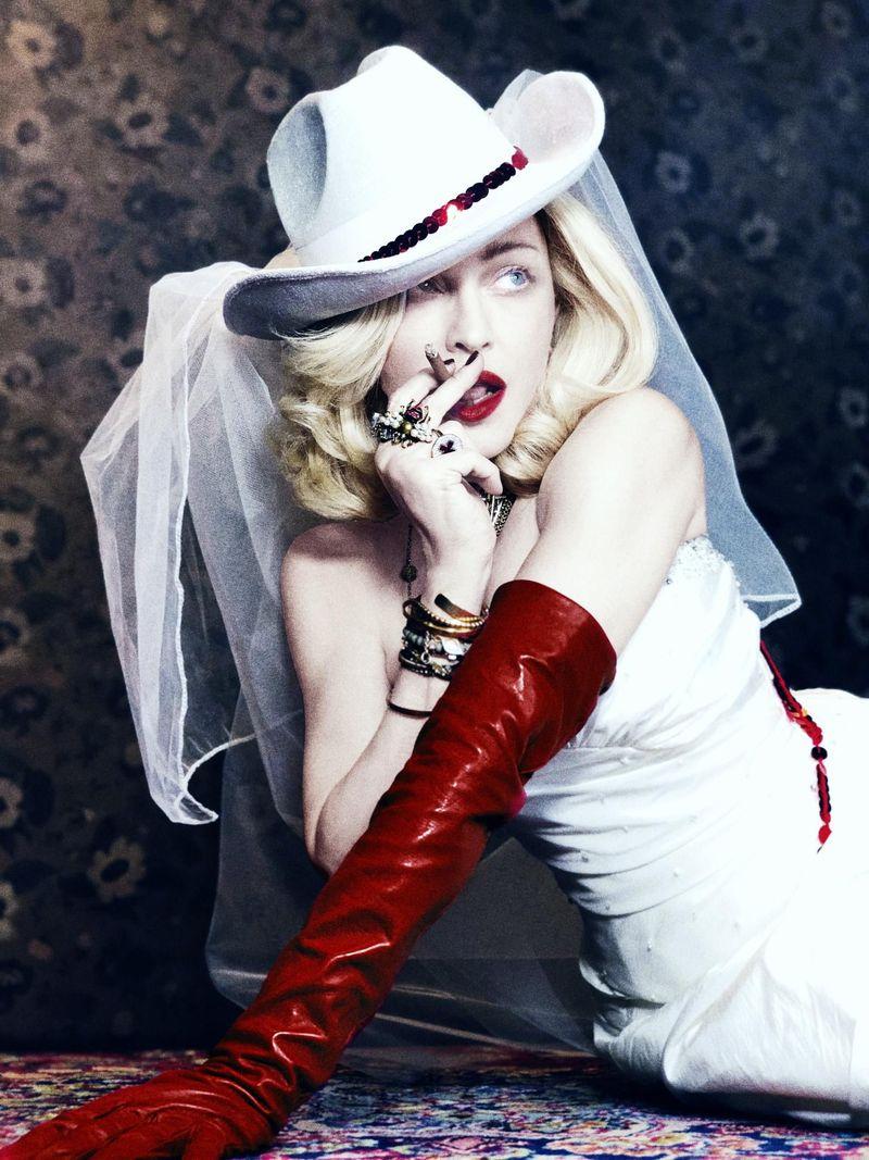 Madonna pronta a tornare alla Warner: l'indiscrezione del Sun