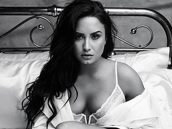 """Popstar e droghe. Demi Lovato: """"Ecco come sono sopravvissuta all'overdose"""""""