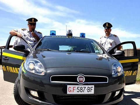 Salerno, la Guardia di Finanza oscura i siti Torrentreactor.net e Torrents.net
