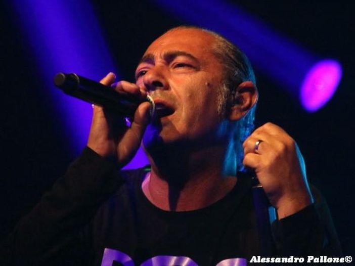 """Luca Carboni: in arrivo l'album """"Sputnik"""" e a ottobre parte il tour - TRACKLIST"""