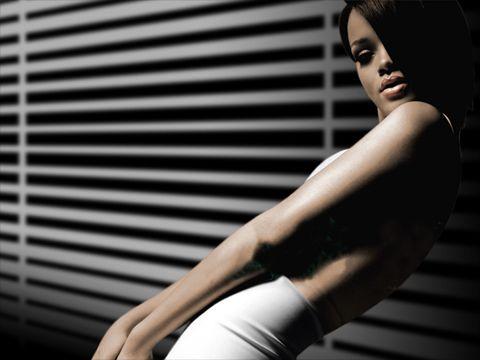 Brit Awards, Rihanna 'progetta una esibizione hard'