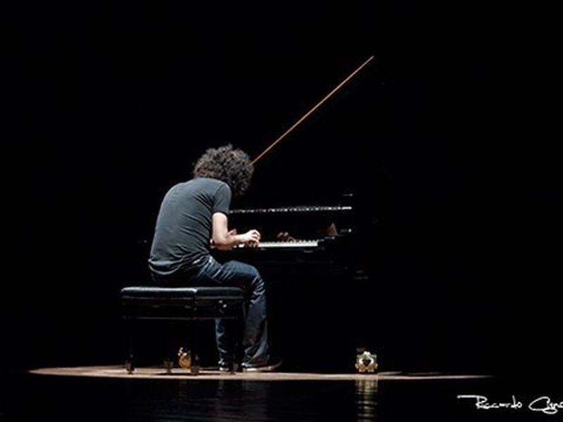 2 Marzo 2011 - Teatro Massimo - Pescara - Giovanni Allevi in concerto