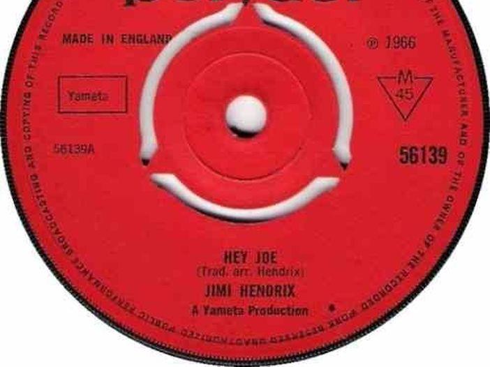 "Covers story: ""Hey Joe"" di Jimi Hendrix"