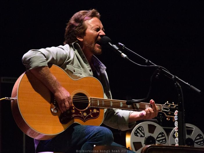 Eddie Vedder a Firenze Rocks: i video del concerto