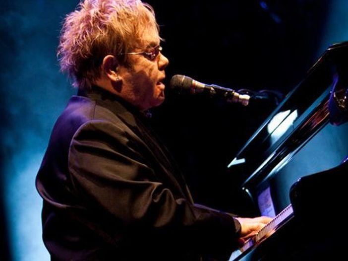 Concerti, Elton John: dal vivo l'11 luglio 2015 al Lucca Summer Festival