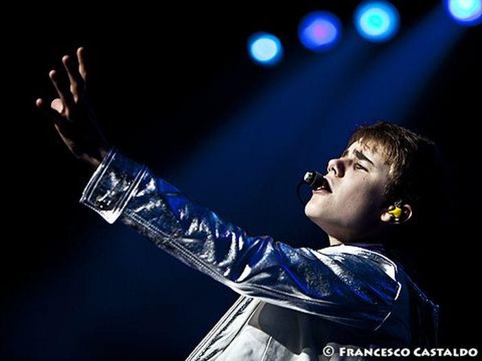 Esce a sorpresa nuova canzone di Justin Bieber. Ne arrivano altre 9