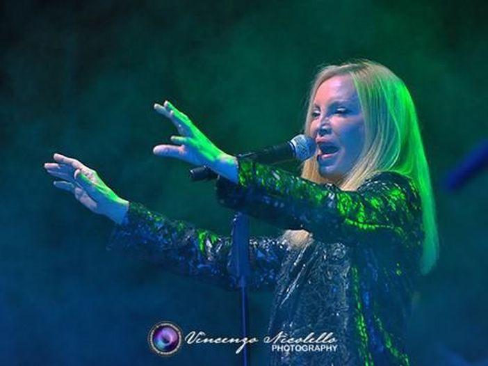 Patty Pravo, concerti annullati: è polemica con l'agenzia di management