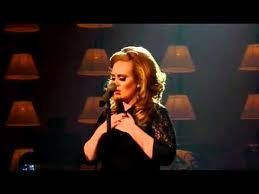 Adele premiata, 'Rolling' passata in radio USA 1 milione di volte in 6 mesi