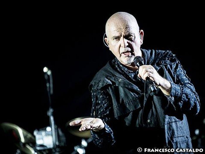 """Peter Gabriel suona """"SO"""" a Milano, il report del concerto"""