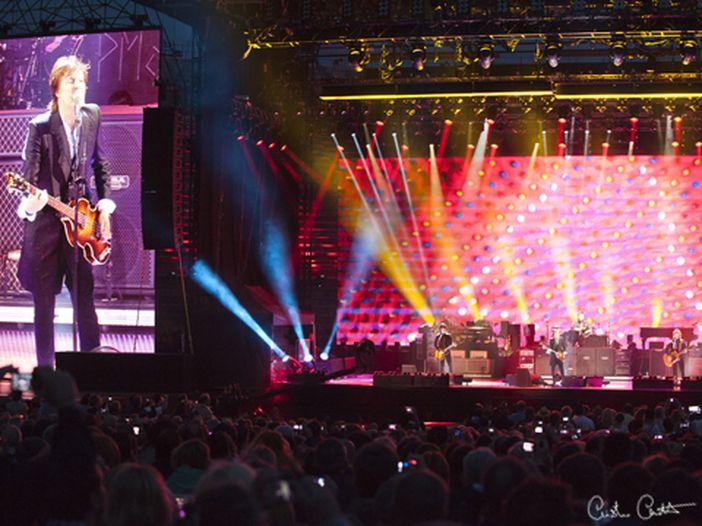 Paul McCartney, telecamere in azione a Liverpool: nuovo videoclip in arrivo? - FOTO