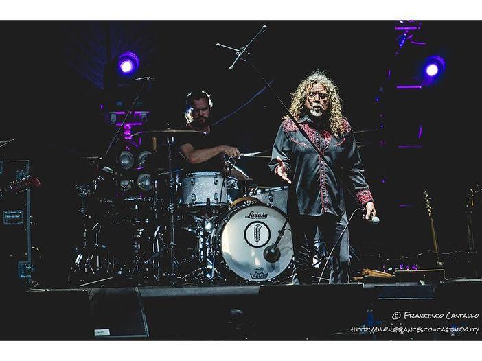 Robert Plant, il calcio e quei misteriosi mal di gola