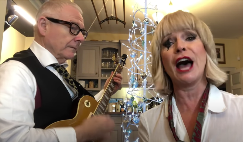 "Toyah e Robert Fripp alle prese con ""(I can't get no) Satisfaction"": il video"
