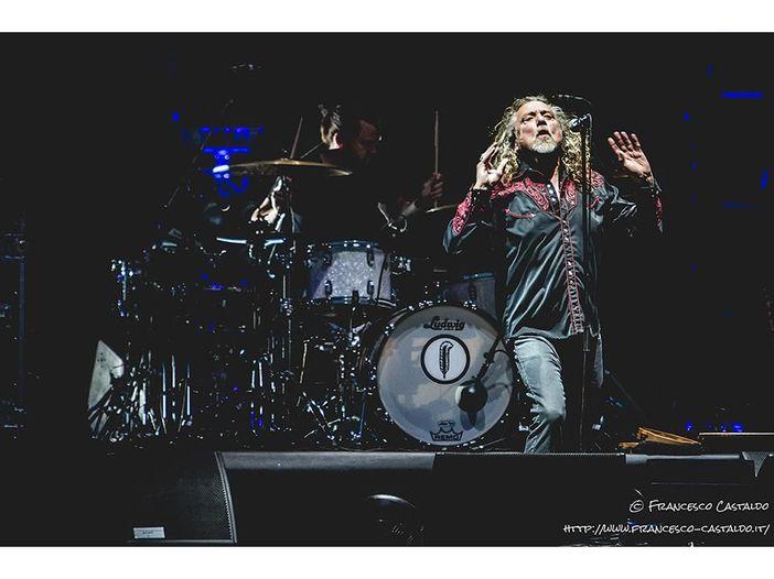 Il tour di 'Carry Fire' arriva al capolinea all'O2 Arena: Robert Plant, la scaletta del concerto del 26 ottobre a Londra