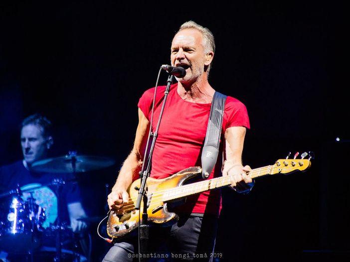 """Sting lancia un sito interattivo per l'uscita di """"Duets"""""""