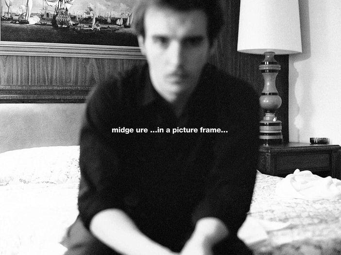 Midge Ure, esce il libro fotografico 'In a picture frame'