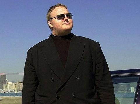 توقيف موقع الرفع ميجا ابلود ومحاكمته megaupload KimDotcom43