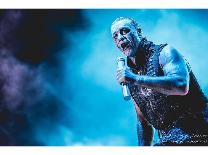 Lindemann: guarda il video live di 'Allesfresser' dal nuovo film concerto 'Live In Moscow'