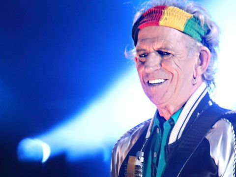 "Keith Richards, Robert Plant, Peter Gabriel e tantissimi altri supportano la campagna ""We are not afraid"""