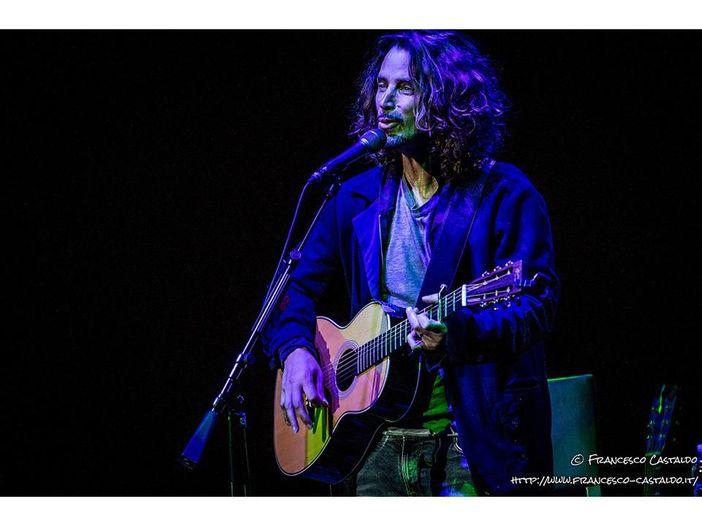 Chris Cornell: le esibizioni e i video del concerto tributo a Los Angeles