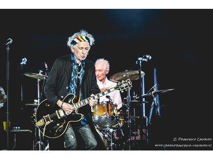 Rolling Stones, Keith Richards ricorda Muddy Waters con un video del live del 1981