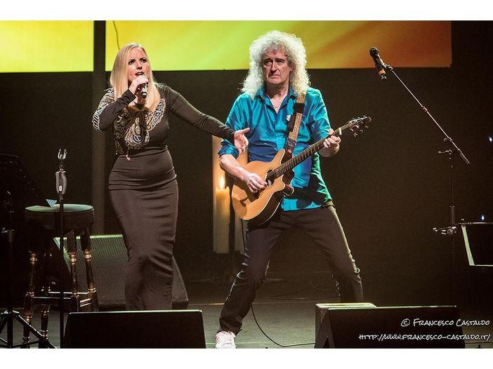 "Brian May e Kerry Ellis pubblicano l'album ""Golden days"" - TRACKLIST E COPERTINA"