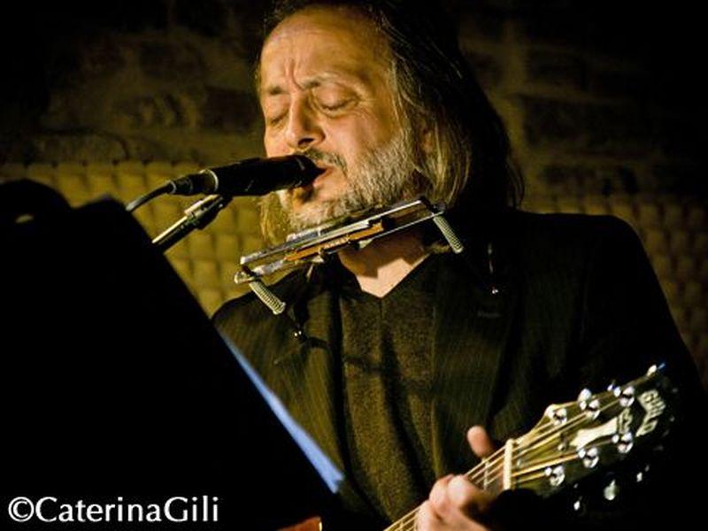 30 Ottobre 2011 - Groove - Potenza Picena (Mc) - Cesare Basile in concerto